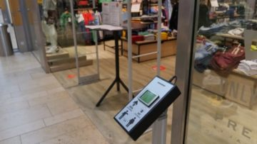 Dispositif de comptage de personnes pour contribuer aux efforts de distanciation sociale